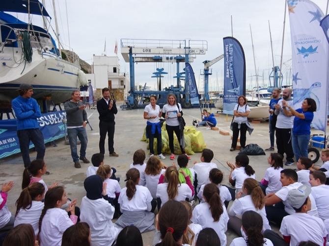 Los escolares de Xàbia recogen 160 kilos de residuos en una actividad de la Semana Europea de Prevención de Residuos