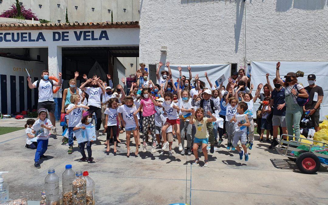 Jornada de limpieza del Puerto de Xàbia con la Fundación Ecomar