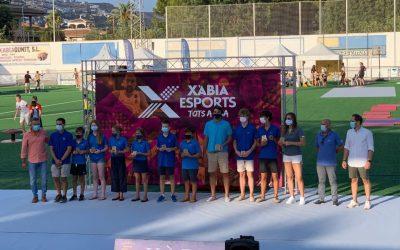 Los regatistas del Club reciben el homenaje en el día de l'Esport del Ayuntamiento de Xàbia